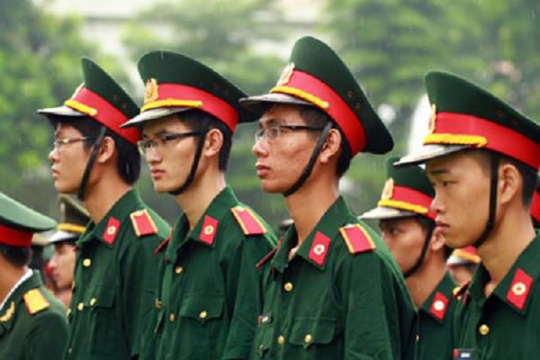 Cận bao nhiêu độ sẽ không đi nghĩa vụ Quân sự